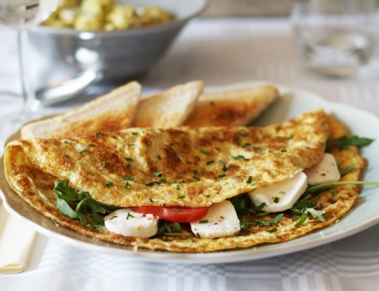 omelette with bettine goat's cheese