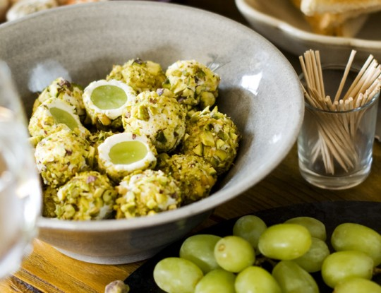 goat's cheese balls filled with grapes